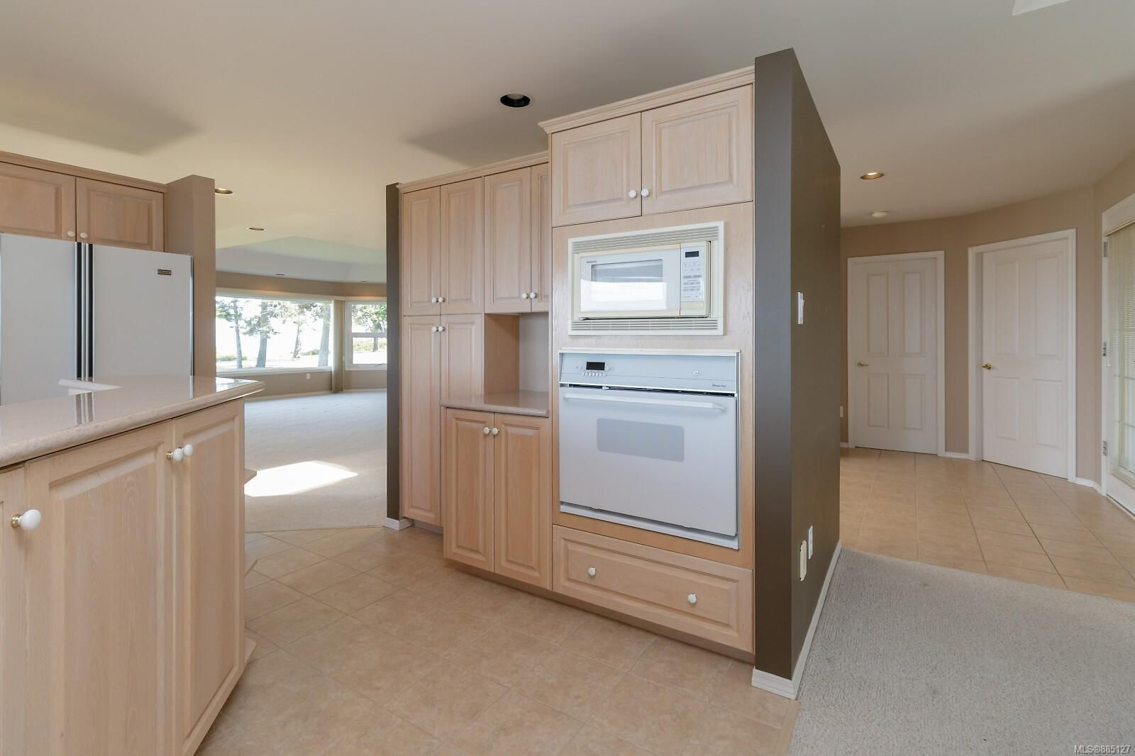 Photo 26: Photos: 26 529 Johnstone Rd in : PQ French Creek Row/Townhouse for sale (Parksville/Qualicum)  : MLS®# 885127