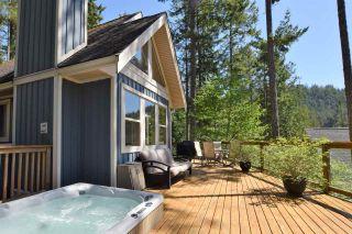 Photo 1: 13547 LEE ROAD in Garden Bay: Pender Harbour Egmont House for sale (Sunshine Coast)  : MLS®# R2264866