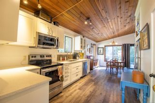 Photo 7: 3617 Jolly Roger Cres in : GI Pender Island House for sale (Gulf Islands)  : MLS®# 878480
