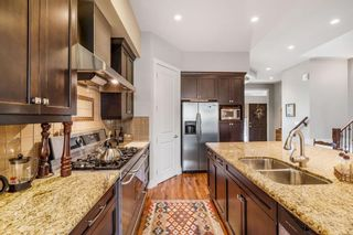 Photo 9: 532 34A Street NW in Calgary: Parkdale Semi Detached for sale : MLS®# A1126156