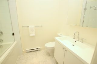 """Photo 16: 102 4355 W 10TH Avenue in Vancouver: Point Grey Condo for sale in """"IRON & WHYTE"""" (Vancouver West)  : MLS®# R2112416"""