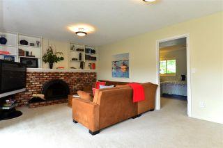 "Photo 8: 12581 24 Avenue in Surrey: Crescent Bch Ocean Pk. House for sale in ""Ocean Park"" (South Surrey White Rock)  : MLS®# R2254441"
