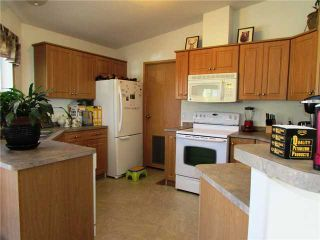 """Photo 6: 19273 WONOWON Road in Fort St. John: Fort St. John - Rural W 100th Manufactured Home for sale in """"WONOWON"""" (Fort St. John (Zone 60))  : MLS®# N230467"""