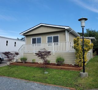 Photo 2: 13 151 Cooper Rd in : VR Glentana Manufactured Home for sale (View Royal)  : MLS®# 867573