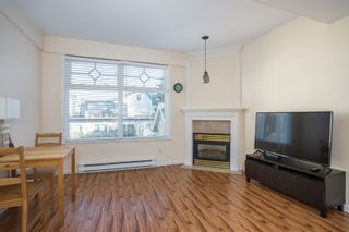 "Photo 2: 309 2588 ALDER Street in Vancouver: Fairview VW Condo for sale in ""BOLLERT PLACE"" (Vancouver West)  : MLS®# R2339876"