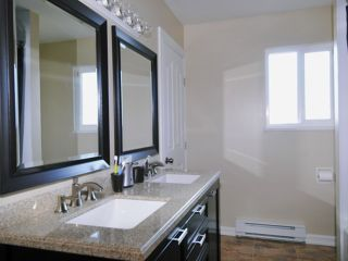 Photo 6: 21175 122ND Avenue in Maple Ridge: Northwest Maple Ridge House for sale : MLS®# V957398