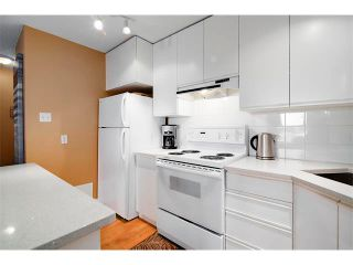 Photo 13: 205 808 ROYAL Avenue SW in Calgary: Lower Mount Royal Condo for sale : MLS®# C4030313