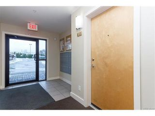 Photo 4: 205 356 E Gorge Rd in VICTORIA: Vi Burnside Condo for sale (Victoria)  : MLS®# 747914