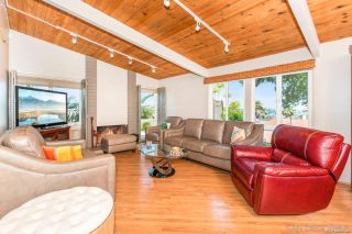 Photo 11: PACIFIC BEACH House for sale : 3 bedrooms : 5022 Pacifica Dr in San Diego