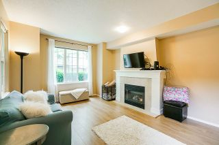 "Photo 2: 87 8415 CUMBERLAND Place in Burnaby: The Crest Townhouse for sale in ""Ashcombe"" (Burnaby East)  : MLS®# R2364943"