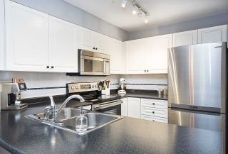 Photo 7: 202 2815 YEW Street in Vancouver: Kitsilano Condo for sale (Vancouver West)  : MLS®# R2255235