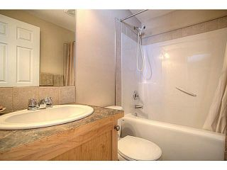 Photo 17: 111 Hillview Terrace: Strathmore Townhouse for sale : MLS®# C3601996