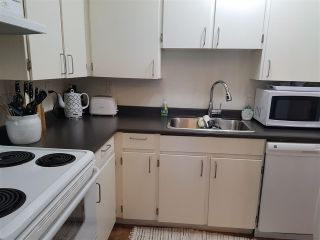 """Photo 6: 303 10468 148TH Street in Surrey: Guildford Condo for sale in """"Guildford Green"""" (North Surrey)  : MLS®# R2236561"""
