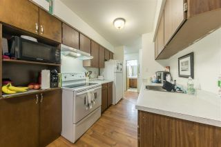 """Photo 4: 316 9857 MANCHESTER Drive in Burnaby: Cariboo Condo for sale in """"BARCLAY WOODS"""" (Burnaby North)  : MLS®# R2445859"""