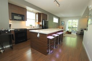 """Photo 3: 38 2495 DAVIES Avenue in Port Coquitlam: Central Pt Coquitlam Townhouse for sale in """"ARBOUR"""" : MLS®# R2068269"""