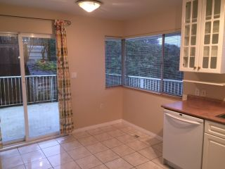 Photo 3: 660 BLUERIDGE AVENUE in NORTH VANCOUVER: Canyon Heights NV House for sale (North Vancouver)  : MLS®# R2035176