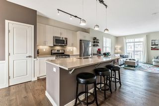 Photo 4: 17 Sherwood Row NW in Calgary: Sherwood Row/Townhouse for sale : MLS®# A1137632