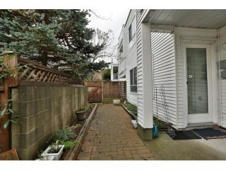 """Photo 13: 3 1850 HARBOUR Street in Port Coquitlam: Citadel PQ Townhouse for sale in """"RIVERSIDE HILL"""" : MLS®# R2012967"""