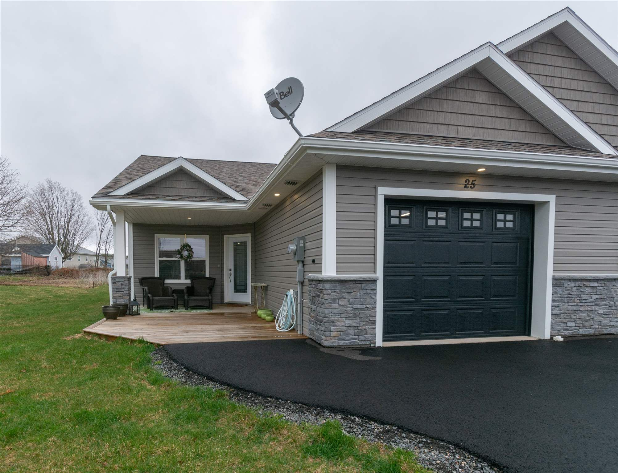 Main Photo: 25 Selena Court in Port Williams: 404-Kings County Residential for sale (Annapolis Valley)  : MLS®# 202109667