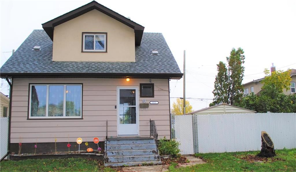 Main Photo: 811 Boyd Avenue in Winnipeg: Shaughnessy Heights Residential for sale (4B)  : MLS®# 202124778