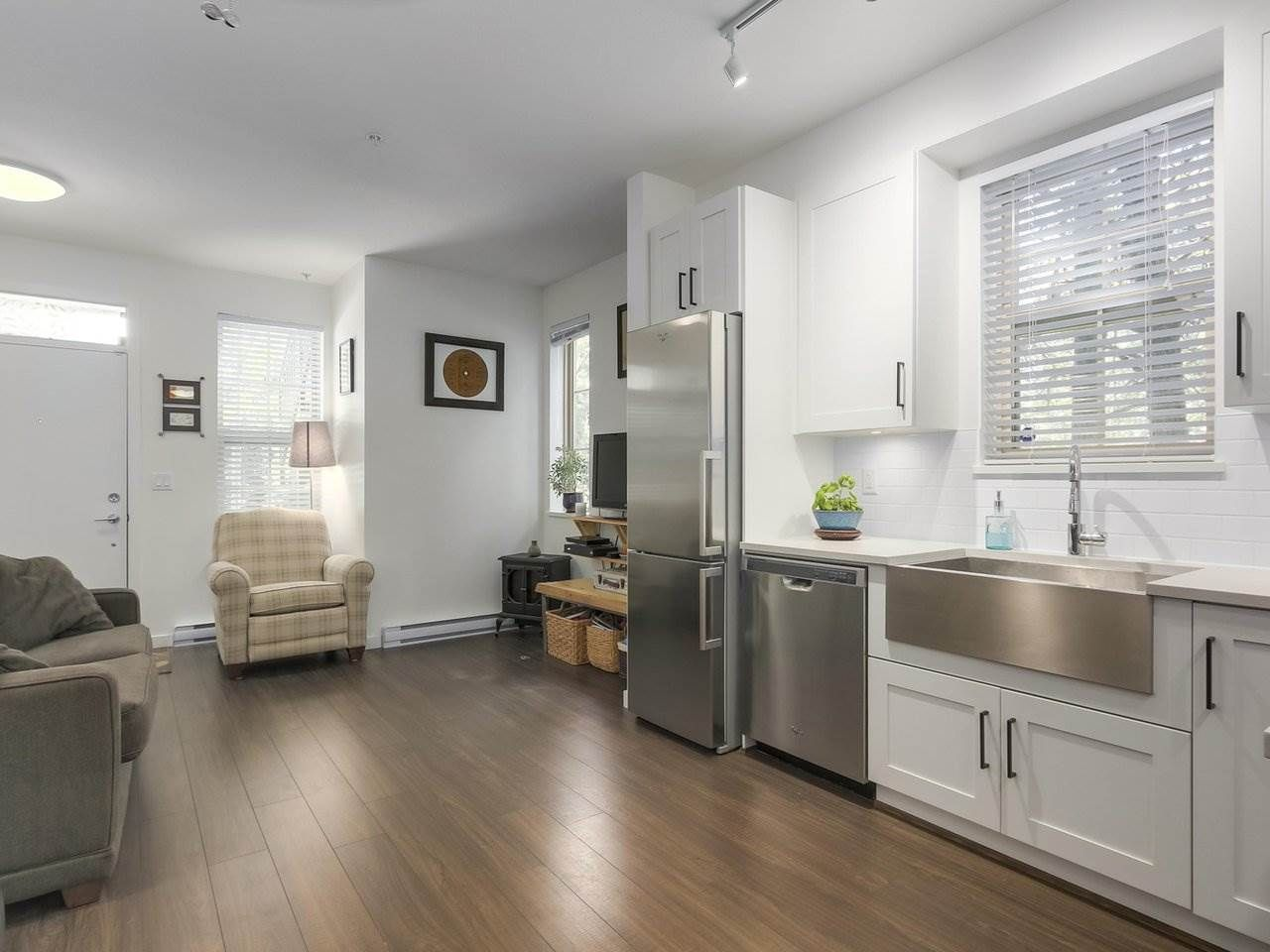 """Main Photo: 31 433 SEYMOUR RIVER Place in North Vancouver: Seymour NV Townhouse for sale in """"MAPLEWOOD PLACE"""" : MLS®# R2265874"""