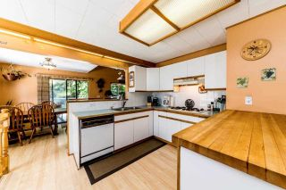 Photo 8: 3715 CAMPBELL Avenue in North Vancouver: Lynn Valley House for sale : MLS®# R2382223
