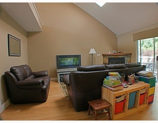 Photo 7: Photos: 18 TIMBERCREST Drive in Port Moody: Heritage Mountain House for sale : MLS®# V796835
