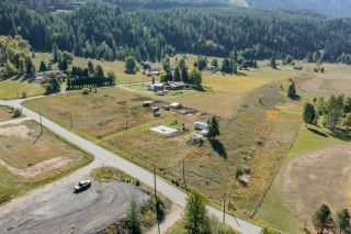 Photo 3: 957 DIVISION ROAD in Castlegar: Vacant Land for sale : MLS®# 2461253