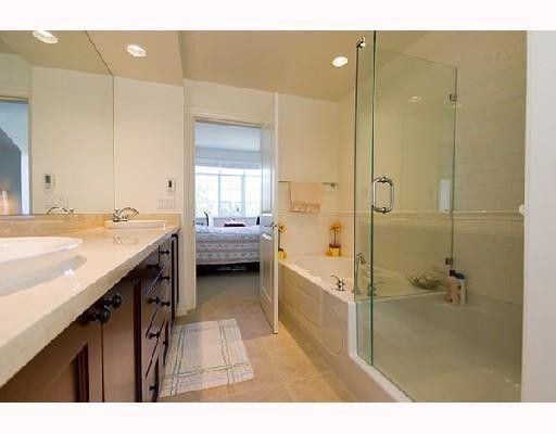 """Photo 8: Photos: 2562 WEST MALL BB in Vancouver: University VW Townhouse for sale in """"WESTCHESTER"""" (Vancouver West)  : MLS®# V734750"""