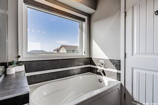 Photo 15: 525 Redwood Crescent in Warman: Residential for sale : MLS®# SK849313