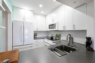 """Photo 10: 214 3875 W 4TH Avenue in Vancouver: Point Grey Condo for sale in """"LANDMARK JERICHO"""" (Vancouver West)  : MLS®# R2580178"""