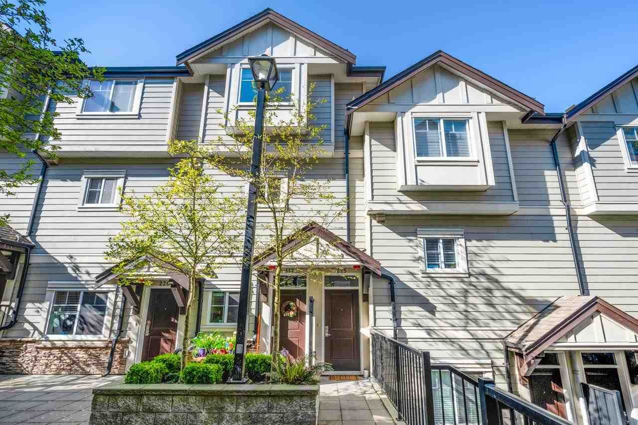 """Main Photo: 225 3888 NORFOLK Street in Burnaby: Central BN Townhouse for sale in """"PARKSIDE GREENE"""" (Burnaby North)  : MLS®# R2575383"""
