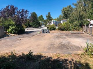 """Photo 4: 2174 DURHAM Road in Surrey: King George Corridor Land for sale in """"Cranley Drive"""" (South Surrey White Rock)  : MLS®# R2625711"""