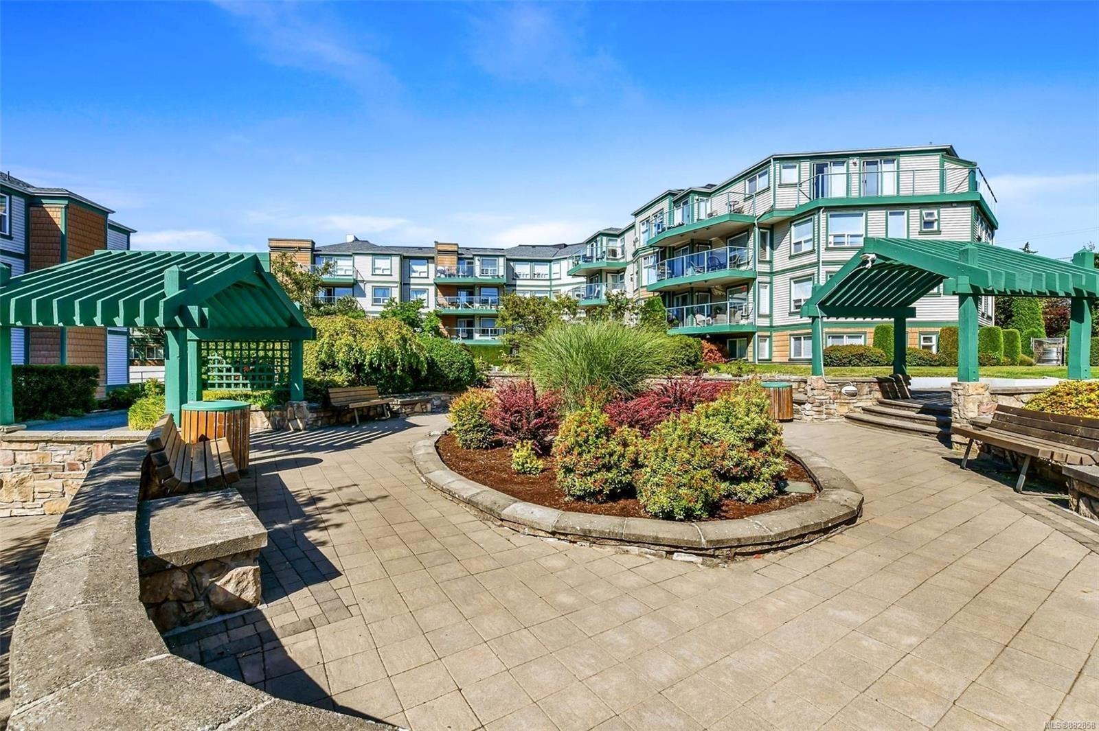 Main Photo: 414 899 Darwin Ave in : SE Swan Lake Condo for sale (Saanich East)  : MLS®# 882858