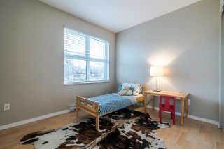 """Photo 15: 204 415 E COLUMBIA Street in New Westminster: Sapperton Condo for sale in """"SAN MARINO"""" : MLS®# R2339383"""