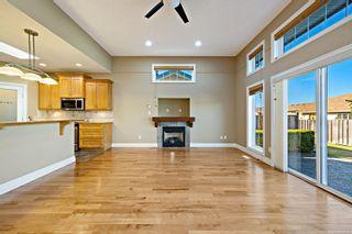 Photo 3: 19 2300 Murrelet Dr in : CV Comox (Town of) Row/Townhouse for sale (Comox Valley)  : MLS®# 884323