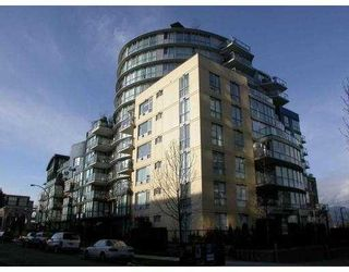 "Main Photo: 103 1485 W 6TH AV in Vancouver: False Creek Condo for sale in ""PORTICO"" (Vancouver West)  : MLS®# V543987"