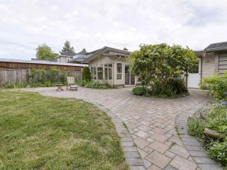 """Photo 23: 233 67 Street in Tsawwassen: Boundary Beach House for sale in """"Bounday Bay"""" : MLS®# R2455324"""