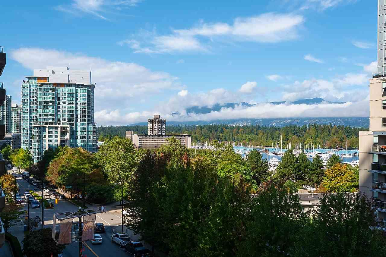 """Main Photo: 502 1228 W HASTINGS Street in Vancouver: Coal Harbour Condo for sale in """"PALLADIO"""" (Vancouver West)  : MLS®# R2408560"""