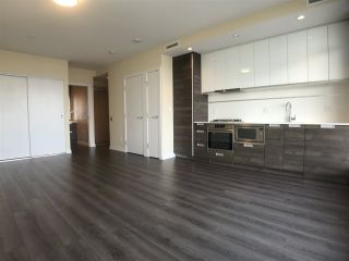Photo 6: 1105 4688 KINGSWAY in Burnaby: Metrotown Townhouse for sale (Burnaby South)  : MLS®# R2139921