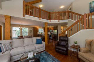 """Photo 9: 43585 FROGS Hollow in Cultus Lake: Lindell Beach House for sale in """"THE COTTAGES AT CULTUS LAKE"""" : MLS®# R2372412"""