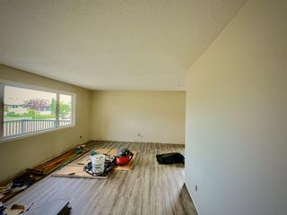 Photo 13: 415 Penswood Road SE in Calgary: Penbrooke Meadows Detached for sale : MLS®# A1137729
