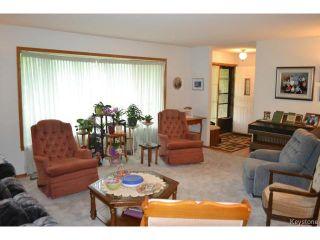 Photo 2: 643 Isbister Street in WINNIPEG: Westwood / Crestview Residential for sale (West Winnipeg)  : MLS®# 1515620