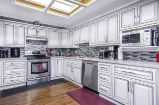 Photo 2: 2574 SUNNYSIDE Crescent in Abbotsford: Abbotsford West House for sale : MLS®# R2440797