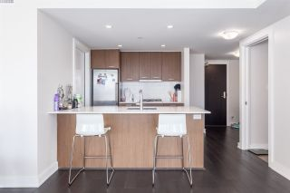 """Photo 7: 1001 1372 SEYMOUR Street in Vancouver: Downtown VW Condo for sale in """"THE MARK"""" (Vancouver West)  : MLS®# R2001462"""