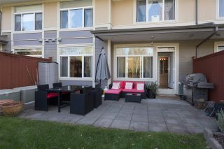 """Photo 13: 28 40632 GOVERNMENT Road in Squamish: Brackendale Townhouse for sale in """"RIVERSWALK"""" : MLS®# R2261504"""