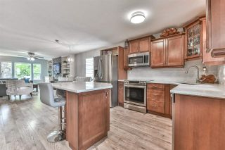 Photo 7: 6376 183A Street in Surrey: Cloverdale BC House for sale (Cloverdale)  : MLS®# R2578341