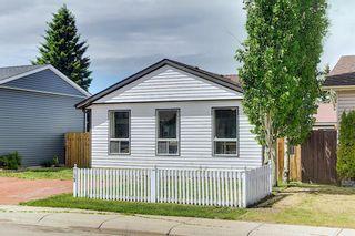 Photo 3: 159 Falton Way NE in Calgary: Falconridge Detached for sale : MLS®# A1113632