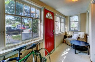 Photo 4: 832 Mcpherson Road NE in Calgary: Bridgeland/Riverside Detached for sale : MLS®# A1132256