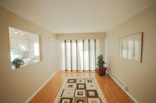 Photo 3: 9 21555 DEWDNEY TRUNK ROAD in Maple Ridge: West Central Townhouse for sale : MLS®# R2296165
